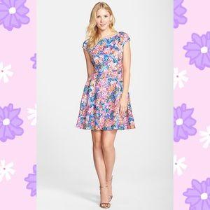 💋Betsey Johnson Dress